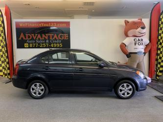 2011 Hyundai Accent GLS 4-Door ***LOW MILES!***