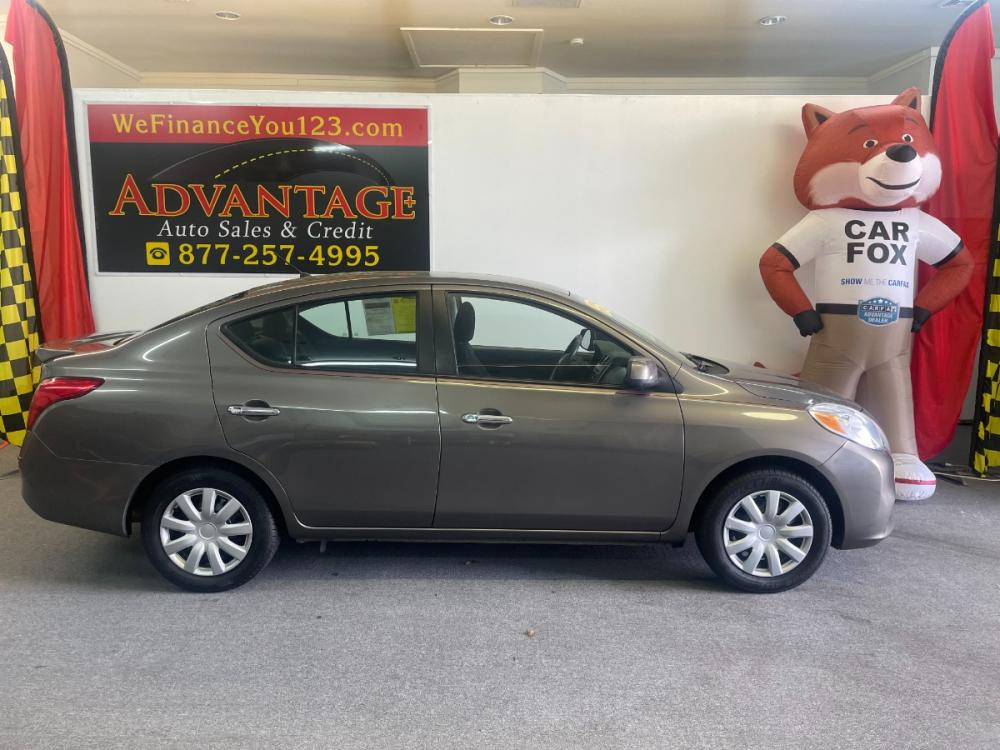 2013 Nissan Versa 1.6 S 5M (3N1CN7AP9DL) with an 1.6L L4 DOHC 16V engine, 5-Speed Manual transmission, located at 533 S West End Blvd., Quakertown, PA, 18951, (877) -257, 40.343994, -75.303604 - Photo #0